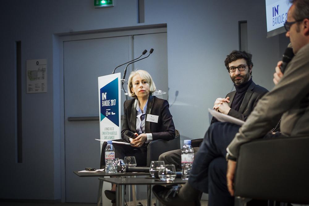 De gauche à droite, Delphine Cuny (La Tribune), Pierre Villeroy de Galhau (Boursorama) et Frédéric Burtz (BPCE) - IN BANQUE 2017 - Crédit photo : Guillermo Gomez