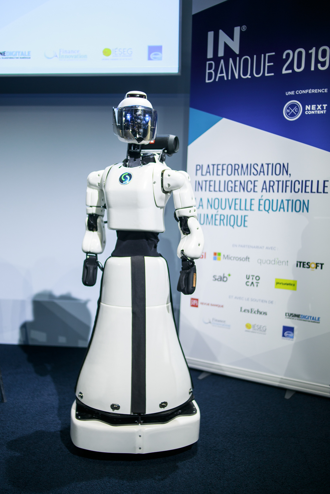 Le Robot Leenby - IN BANQUE 2019 - Crédit photo : Guillermo Gomez